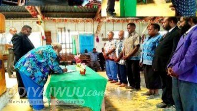 Ketua YPPGI Dogiyai Lantik Sejumlah Badan Pengurus dan Kepala Sekolah