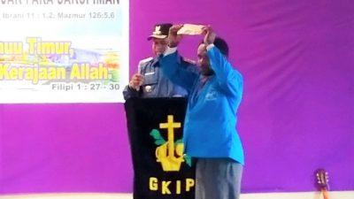 Di Kabupaten Dogiyai, Ratusan Hamba Tuhan Diberi Gaji